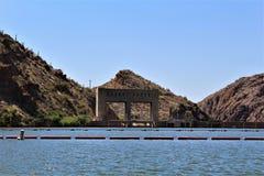 Lago canyon, Maricopa County, o Arizona, Estados Unidos foto de stock