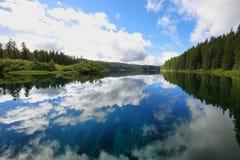Lago claro, Oregon imagen de archivo