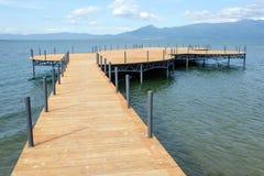 Lago com cais Imagem de Stock