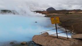 Lago com 100 graus de água em Islândia Fotos de Stock Royalty Free