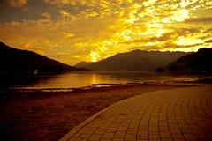 Lago Como al tramonto Immagini Stock
