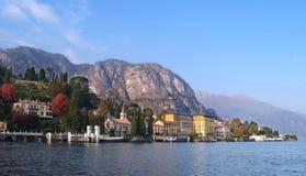 Lago Como da una barca fotografia stock