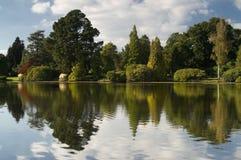 Lago con la riflessione Fotografie Stock