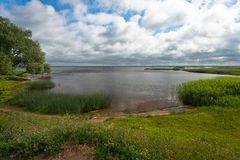 Lago con las nubes Fotografía de archivo
