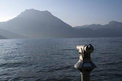 Lago con una vista Fotografie Stock Libere da Diritti