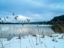Lago congelado em Baviera foto de stock royalty free