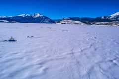 Lago congelado em Breckenridge, Colorado imagens de stock