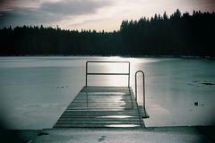 Lago congelado Milovy, área de Vysocina, República Checa Fotografia de Stock