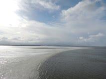 Lago congelato metà Fotografia Stock Libera da Diritti