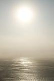 Lago congelato nell'inverno Fotografia Stock