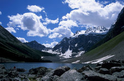 Lago consolation, Rockies canadienses Foto de archivo