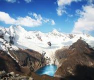 Lago in Cordigliera Immagini Stock