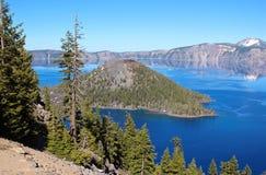 Lago crater nell'Oregon del sud Immagine Stock