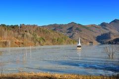 Lago cyanide en Geamana Rumania Fotos de archivo libres de regalías