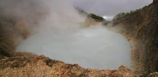 Lago d'ebollizione, valle di desolazione nell'isola della Dominica immagini stock libere da diritti