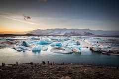 Lago da geleira do ³ n do rlà do ¡ de Jökulsà em Islândia foto de stock royalty free