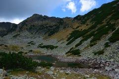 Lago da montanha de Rila Imagens de Stock