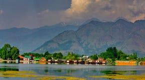 Lago Dal, Kashmir, Índia imagens de stock
