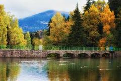 Lago dam de Lomnica en Karpacz Fotografía de archivo