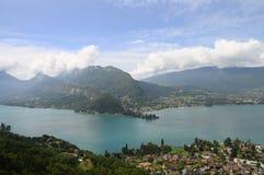Lago de Annecy em França Foto de Stock
