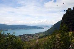 Lago de Annecy en Francia Imágenes de archivo libres de regalías