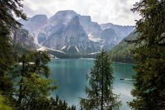 Lago de Braies Imagens de Stock Royalty Free