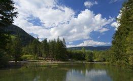 Lago de Dobbiaco Imágenes de archivo libres de regalías