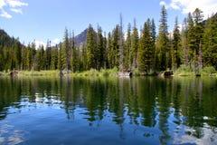 Lago de duas medicinas Fotos de Stock Royalty Free