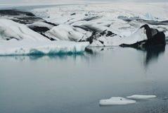 Lago de Jokulsarlon, al sur de Islandia fotografía de archivo