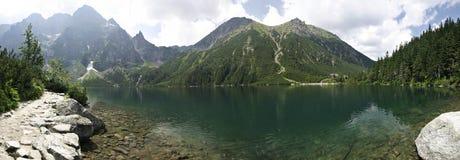 Lago de la montaña de Morskie Oko Imagenes de archivo