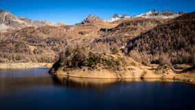 Lago de la presa de la sequedad fotos de archivo libres de regalías