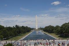 Lago de la reflexión y de Washington Monument Imágenes de archivo libres de regalías