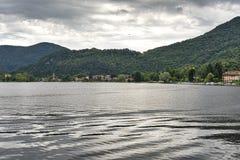 Lago de Lugano em Ponte Tresa Fotos de Stock Royalty Free