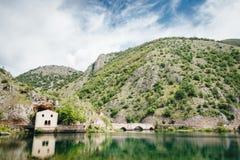 Lago de San Domenico, Abruzzo, Itália fotos de stock