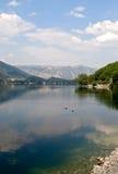 Lago de Scanno Imagen de archivo libre de regalías