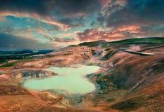 Lago del agua hirvienda en el volcán de Krafla Fotos de archivo libres de regalías