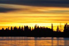 Lago del cielo e del ghiaccio di tramonto immagini stock libere da diritti