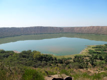 Lago del cráter de Lonar Imagen de archivo libre de regalías