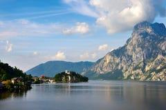 Lago del verano de Traunsee Gmunden, Austria Imagen de archivo libre de regalías
