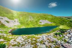 Lago dell'alta montagna Fotografie Stock