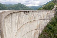 Lago della diga di Vidraru Fotografie Stock Libere da Diritti