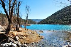 Lago della montagna della neve del drago della giada Immagini Stock