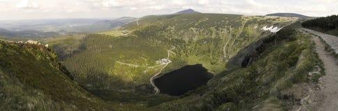 Lago della montagna di Maly Staw Fotografie Stock Libere da Diritti