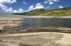 Lago della montagna di siccità immagine stock libera da diritti