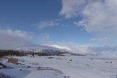 Lago della montagna e del ghiaccio della neve Fotografia Stock Libera da Diritti