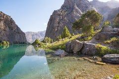 Lago delle montagne di Fann fotografia stock