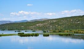 Lago Deransko, parco naturale di Hutovo Blato, Bosnia-Erzegovina Immagine Stock