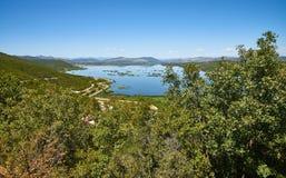 Lago Deransko, parte del parco naturale di Hutovo Blato, la Bosnia e Herz Fotografie Stock Libere da Diritti
