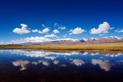 Lago desobstruído Imagens de Stock Royalty Free