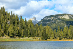 Lago Di Antorno λίμνη Στοκ εικόνες με δικαίωμα ελεύθερης χρήσης
